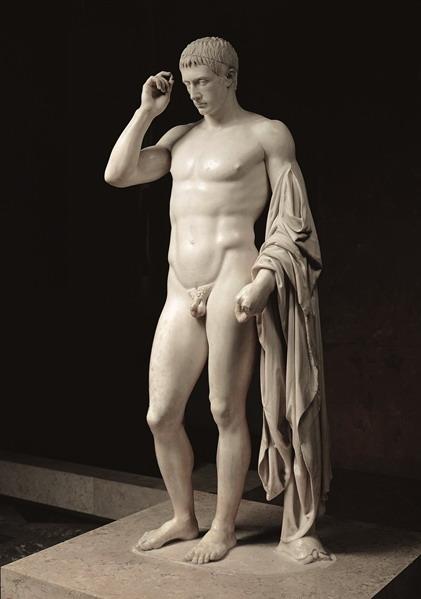 Augusto è di nuovo re di Roma